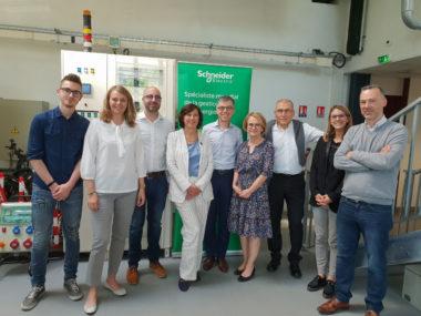 Sylvie Brunet lors de la visite de l'École des métiers de l'énergie. © Modem Isère
