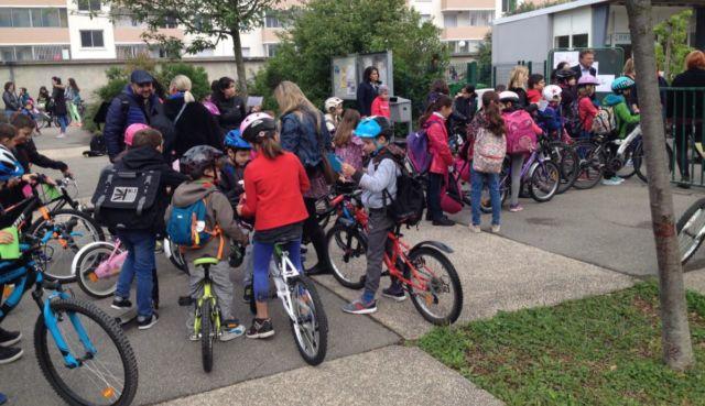 Le concours Allons à l'école en vélo distingue cette année Murianette, Seyssins et Saint-Martin-d'Hères. © ADTC-Se déplacer autrement
