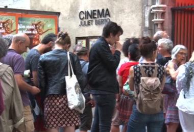 Avant une séance de projection au cinéma Juliet Berto. © Joël Kermabon - Place Gre'net