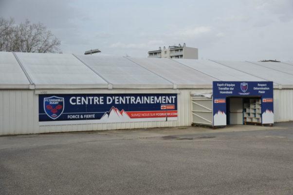La halle couverte au stade Lesdiguières avant les travaux réalisés par le FCG ces dernières semaines. © Laurent Genin