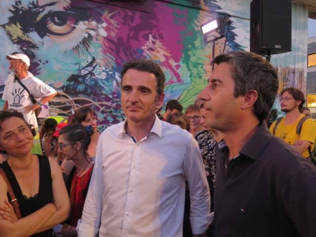 François Ruffin aux côtés d'Éric Piolle lors d'une rencontre autour de l'opposition à la privatisation d'ADP © Place Gre'net