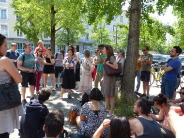 Des personnels de l'Education nationale, réunis le 19 juin 2019 devant le lycée Stendhal, ont décidé de la suite de la grève contre la loi Blanquer.