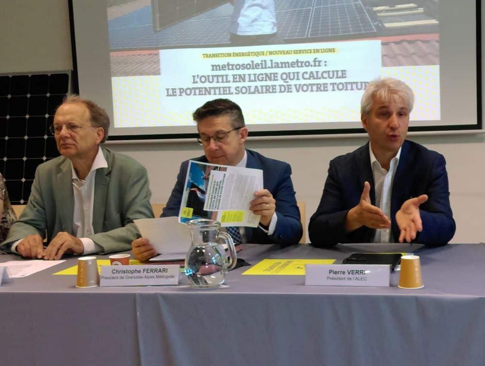 De gauche à droite : Bertrand Spindler, vice-président de la Métro en charge de l'Énergie, Christophe Ferrari et Pierre Verri, président de l'Alec © Florent Mathieu - Place Gre'net