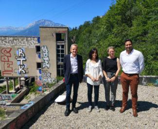 De gauche à droite : Alain Carignon, Sharah Bentaleb, Céline Julien et Karim Jenani. © Joël Kermabon - Place Gre'net