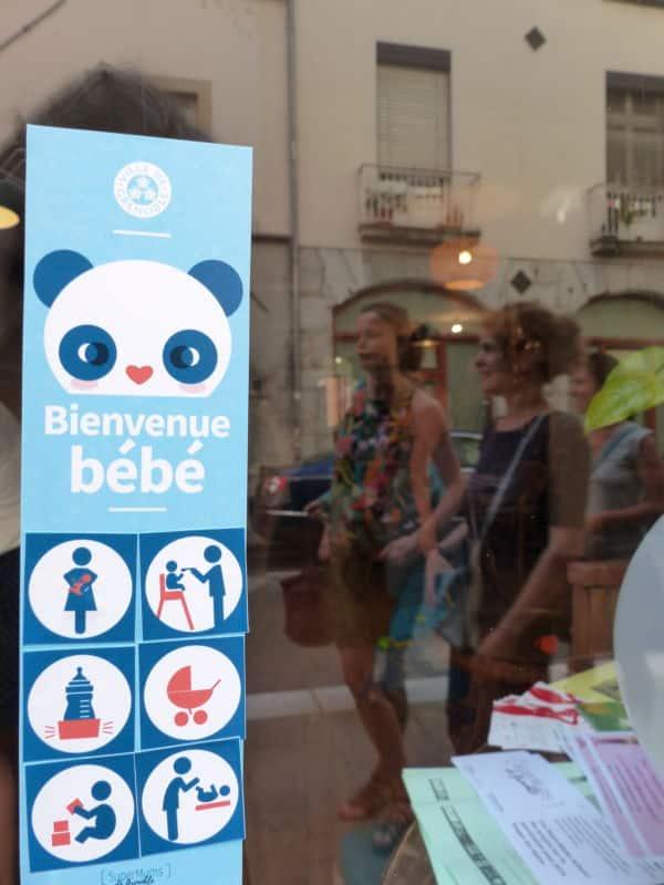 """Label """"Bienvenue Bébé"""" © Nina Soudre - Placegrenet.fr"""