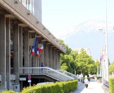 Finances 2020: la crise sanitaire a mis GrenobleKO. Hôtel de Ville de Grenoble