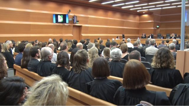 La salle d'audience de la Cour d'assises pleine à craquer. © Joël Kermabon - Place Gre'net