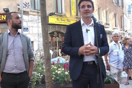 Éric Piolle, maire de Grenoble, lors de son discours. © Joël Kermabon - Place Gre'net