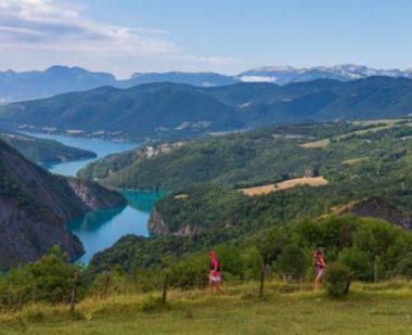 Isère Outdoor donne des informations sur le trail. Trail des Passerelles du Monteynard. © DR