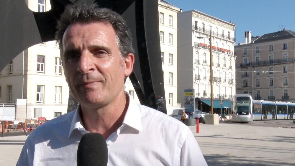 Le maire de Grenoble Éric Piolle a rappelé à de nombreuses occasions être en faveur de la légalisation du cannabis © Joël Kermabon - Place Gre'net