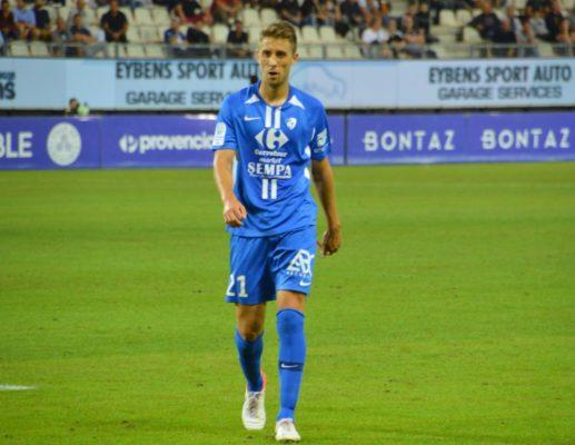 Jessy Benet a donné la victoire à Grenoble sur penalty contre Rodez (2-1). © Laurent Genin