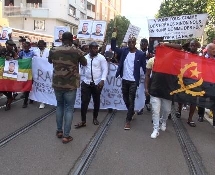 Marche blanche en hommage à Olivier Mambakasa. © Joël Kermabon - Place Gre'net