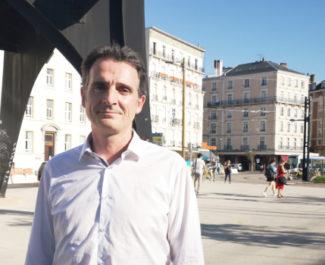 Éric Piolle lors de l'annonce de sa candidature aux municipales. © Joël Kermabon - Place Gre'net