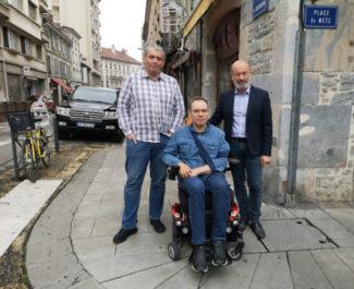 De gauche à droite : Micjhel Gallitre, Pierre-Jérôme Borsoi et Stéphane Gemmani tous membres de Grenoble 2020. © Joël Kermabon - Place Gre'net