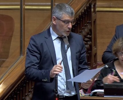 Guillaume Gontard, sénateur EELV de l'Isère (capture d'écran Public Sénat)