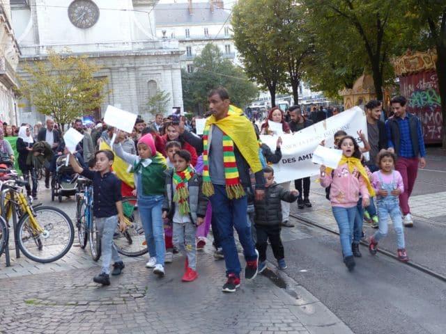 Manifestation en soutien aux Kurdes de Syrie à Grenoble © Florent Mathieu - Place Gre'net