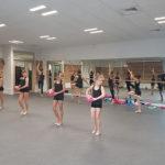 UNE Groupe Pom Pom girls, dans la salle de danse du nouveau centre sportif Jean-Philippe Motte, samedi 12 octobre 2019 lors de l'inauguration du gymnase. © Séverine Cattiaux - Place Gre'net
