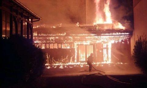 Depuis 2015, les incendies criminels se multiplient à Grenoble. Sans que leurs auteurs aient pu être interpellés, ni la piste anarchiste confirmée.