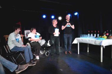 Sarah Loraux-Chiffard et Charlie Fert, fondateurs du collectif, ont exposé leurs projets au cours de la soirée de lancement le 24 novembre © Raphaëlle Denis - Place Gre'net