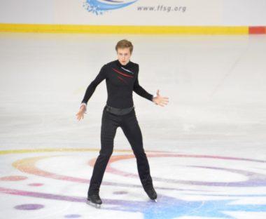 Le Russe Alexander Samarin a décroché la deuxième place derrière l'Américain Nathan Chen. © Laurent Genin