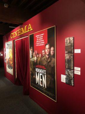 Mise en place d'une petite salle de cinéma où est présenté différents extraits de films en rapport avec l'art spolié. ©Manon Heckmann