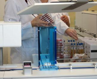 Institut de biologie et de pathologie au CHU Grenoble-Alpes (Chuga). © Manon Heckmann - Placegrenet.fr