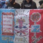 Manifestation devant le CHU de Grenoble le 14 novembre (image extraite d'une captation vidéo Place Gre'net)