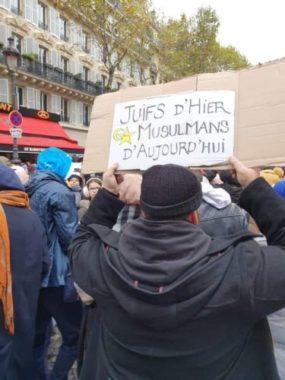L'une des pancartes qui a fait polémique à la marche contre l'islamophobie du 10 novembre 2019. Crédit : https://twitter.com/sandrella/status/1193550897550417920