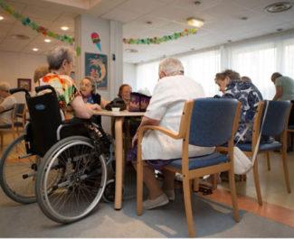 Personnes âgées dans un Ehpad. © Ville de Grenoble