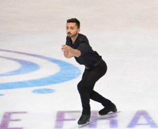 Le patineur isérois Kevin Aymoz termine troisième des internationaux de France de patinage à Grenoble le 2 novembre 2019. © Laurent Genin