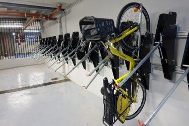 Agence Métrovélo Park sur la Presqu'Île. 1000 stationnements pour vélos vont être mis à disposition dans 13 des 21 parkings publics métropolitains de Grenoble © Raphaëlle Denis - Place Gre'net
