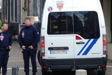 Le syndicat Alliance demande l'anonymisation des véhicules de police. © Charles Thiébaud - Place Gre'net