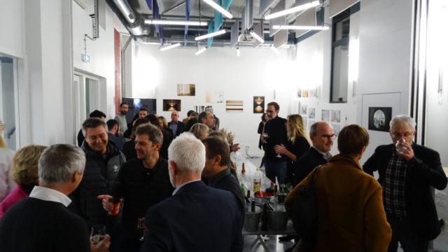 Cocktail et exposition photo sur les travaux du Mambo 7 aryballe