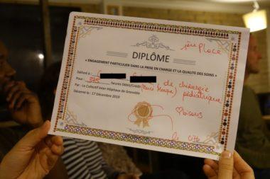 Le CIH a établi des diplômes des soignants ayant comptabilisé le plus d'heures non payées et non récupérées. © Raphaëlle Denis - Place Gre'net