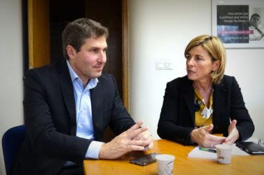 Frédérique Puissat, sénatrice (LR) de l'Isère, a invité Mathieu Darnaud à présenter le projet de loi devant des élus locaux. © Raphaëlle Denis - Place Gre'net
