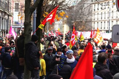 La manifestation a commencé à 13h30 près de la gare. © Raphaëlle Denis - Place Gre'net