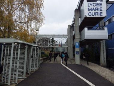L'entrée du lycée Marie Curie à Echirolles. © Thomas Courtade - Place Gre'net