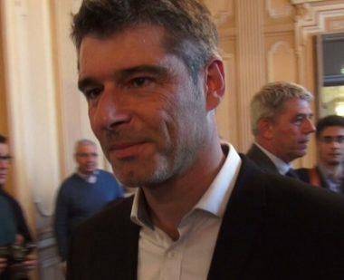 Grenoble: certaines activités industrielles doivent cesser selon la gaucheLe sénateur Guillaume Gontard a saisi le préfet de l'Isère pour lui demander de suspendre les activités non indispensables des entreprises classées Seveso.