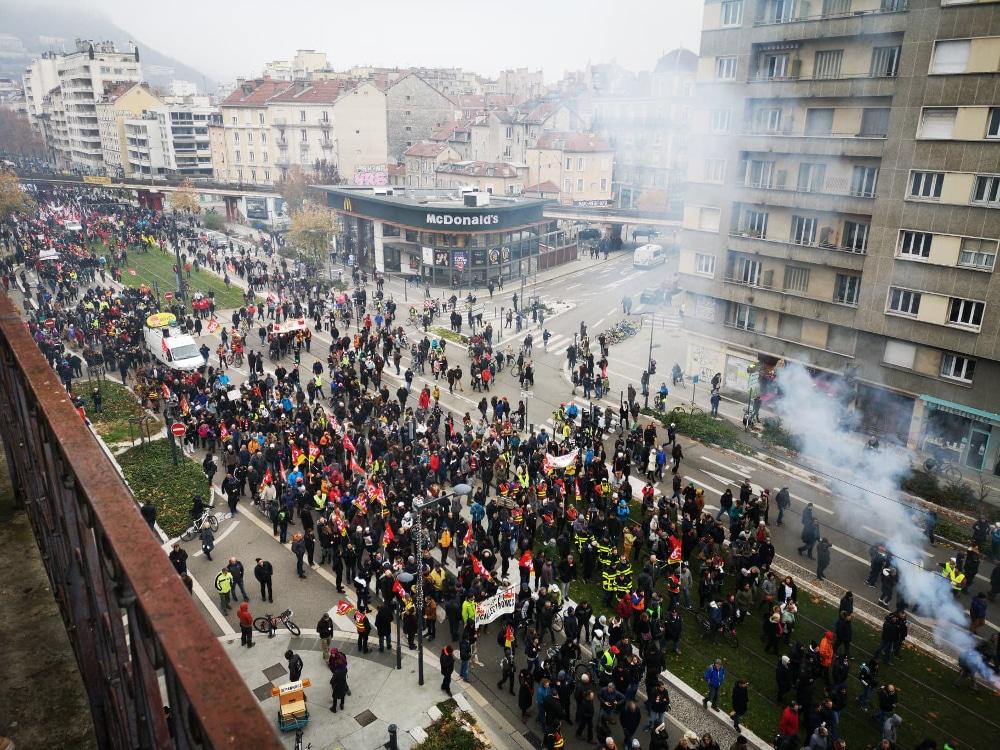 La manifestation du jeudi 5 décembre 2019 à Grenoble © Joël Kermabon - Place Gre'net
