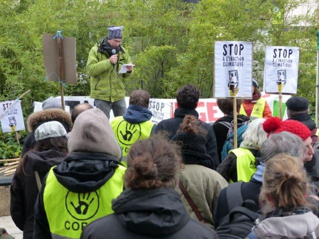 Le rassemblement a été l'occasion de plusieurs prises de parole, notamment scientifiques © Florent Mathieu - Place Gre'net