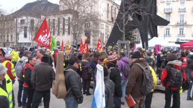 Rassemblement contre la réforme des retraites ce 28 décembre 2019. © Joël Kermabon - Place Gre'net