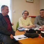 De gauche à droite : Alain Bonnet, numéro 2 sur la liste Mieux vivre à Grenoble, Mireille d'Ornano et Gilles Musset pour les questions de sécurité. © Joël Kermabon - Place Gre'net