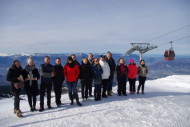 Le partenariat entre la station de Chamrousse et le groupement des commerçants de Grenoble offrira des avantages sur les forfaits de ski. © Anissa Duport-Levanti