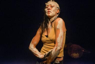 La Rampe d'Échirolles et le Théâtre de Grenoble s'associent pour une Escapade dansée le 14 janvier autour de deux talents : Maëlle Reymond et Émeline NguyenLouve - Cie La guetteuse. © Christian Rausch