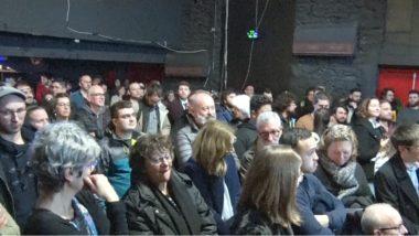 Dans la salle de l'Ampérage une centaine de personnes assistent à ce premier débat. © Joël Kermabon - Place Gre'net
