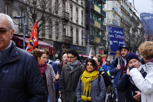 L'intersyndicale appelle à deux nouveaux rassemblements demain à Grenoble le 29 janvier 2020. © Anissa Duport-Levanti