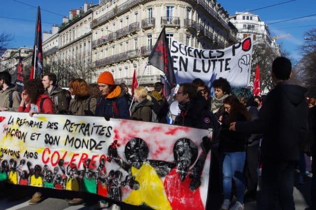Manifestation du 20 février à Grenoble © Anissa Duport-Levanti - Place Gre'net
