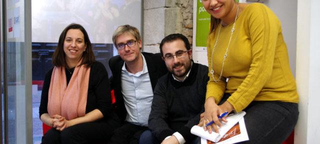 Olivier Noblecourt et ses colistiers (de gauche à droite : Sarah Boukaala, David Bouquet et Sophia Camerino) assurent vouloir simplement inciter à la participation au vote. © Anissa Duport-Levanti - Place Gre'net