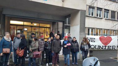 Lycée Mounier : profs et parents montent au créneauMobilisation de parents d'élèves et d'enseignants, jeudi 13 février 2020, devant le lycée Mounier à l'annonce de la cure d'austérité pour la rentrée 2020 © Séverine Cattiaux - Place Gre'net