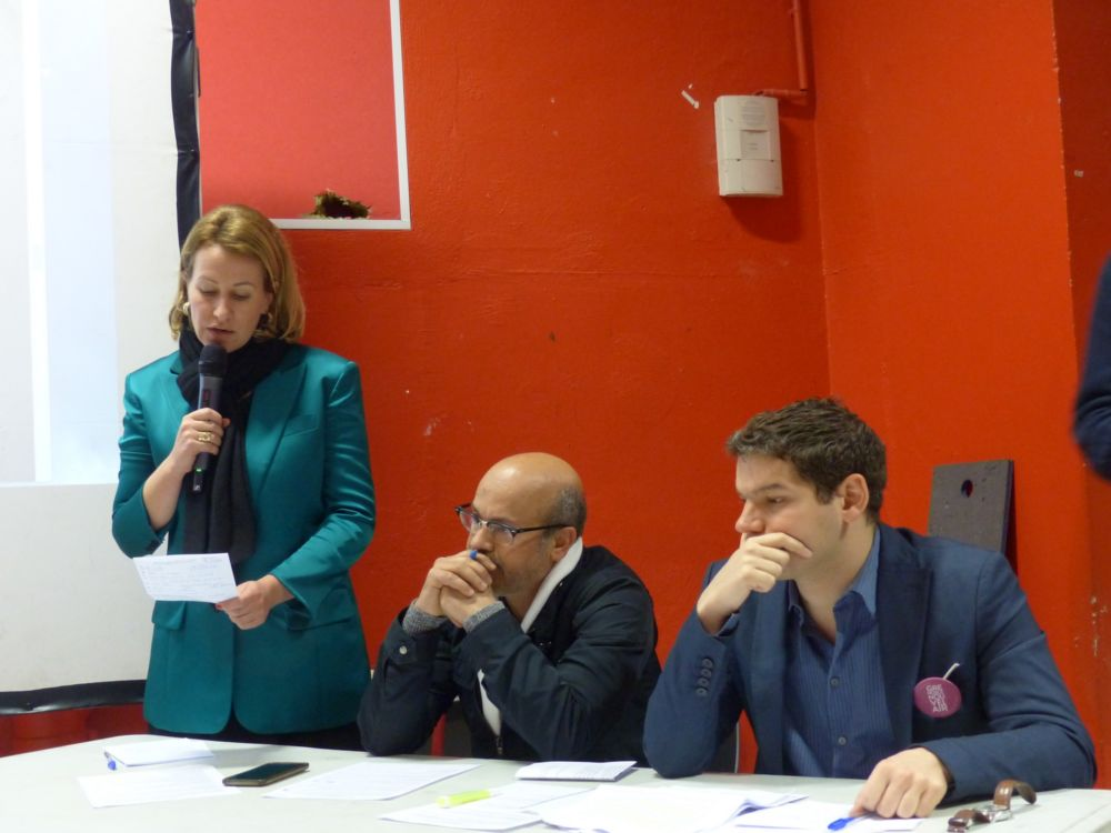 Prise de parole d'Émilie Chalas, aux côtés de Mustapha Essaid et de Maxime Gonzalez © Florent Mathieu - Place Gre'net